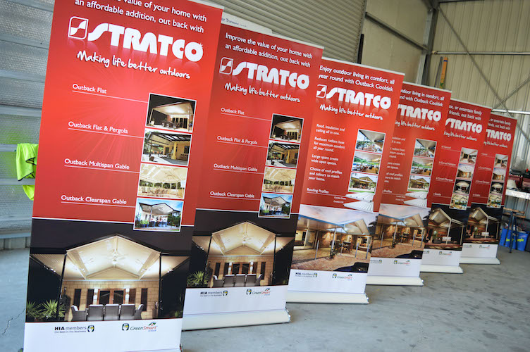 stratco pop up banner stand